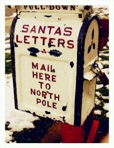 Didn't know there even was a mailbox you can send your letters to the North Pole. Interesting.