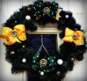 And each bow is in green or yellow with the Packers logo on them. Befitting for football season in Wisconsin even though it's more suited for Christmas.
