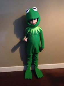 I wanted to get a Kermit costume picture by himself. This is a kid one I think is simply irresistible.