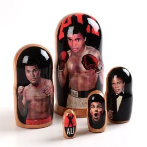 Yes, this depicts Muhammad Ali who died not to long ago. Doesn't hurt if I put this on my post. RIP