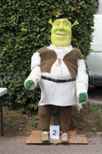 Okay, he may be gross but he mostly keeps to himself. Still, this Shrek scarecrow is clever.