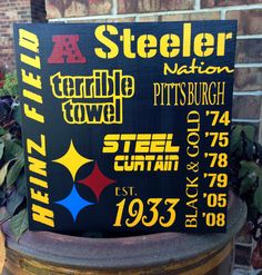 Yes, this showcases all the stuff associated with the Pittsburgh Steelers. I'm sure any fan would be proud of it.