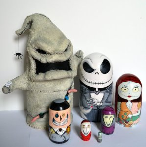 Who knew that you'd have a nesting doll set for this. Oogie Boogie is the biggest one here.