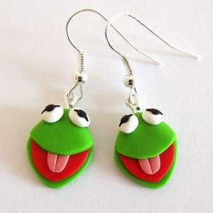 I suppose Piggy has a pair of these. If only to match with any green dress. Or to impress Kermit.
