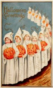 Okay, I know those are supposed to be ghost costumes. But to me they seem like cult robes. The kids' sinister faces don't help either.