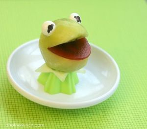This Kermit has an apple head, a celery neck, and a beet mouth. But it's a real good likeness.