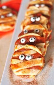 If they were pizzas, the bandages would be cheese. But you have to love the eyes.