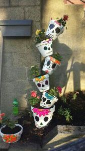 Yes, I've seen a few of these for other holidays. Yet, each skull pot has a unique flower in it.