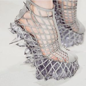 And these are held in a gray mesh. Sure they're impractical but they're quite cool.