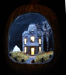 The house lights up from the inside if you get my drift. Seems like a skeleton answers the door.