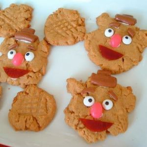 They're just peanut butter cookies shaped like Fozzie and decorated in his likeness. What more can you ask for?