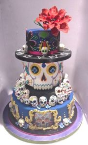 There are even skulls on the top and the sides. Yes, it's a really dead cake for a dead celebration.