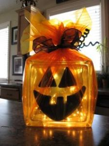 It may not be scary compared to some of the other decorations. But it's worthy for this post and orange.