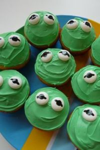 If you want Constantine cupcakes, all you have to do is put a chocolate chip on it. Still, like the marshmallow frog eyes.