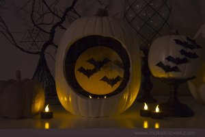 Well, bats are kind of creepy if you ask me. Yet, wonder if there's a pumpkin diorama with a Batman sign.