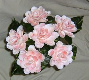 Yes, these are pink shell flowers. Certainly look pretty and almost real, don't they?