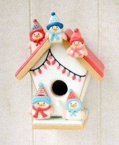 Yes, it may be in pink with lights on it. But nevertheless, the cookie snowbirds are adorable.