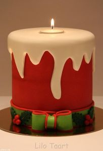 Don't worry, the candle part is at the top which isn't edible anyway. But I do like the holly leaves and berries.