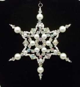 In last year's craft post I had one with more pearls on it. This one has a fewer but no less elegant.