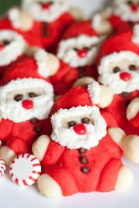 And yes, they have the big guy in the red suit and hat. Love the icing beard and chocolate chip eyes.