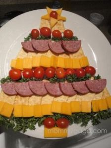 Two years ago, I had a similar platter that included just cheese and veggies. This one includes ham and crackers, too.
