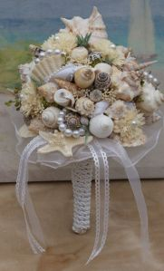 Indeed seashell bouquets like this one may look pretty. But you wouldn't want to toss them at a wedding.