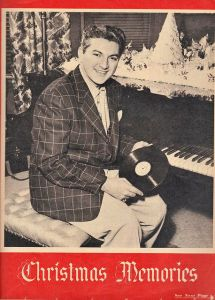 Now I can understand why Liberace decides to dress in lavish furs at the piano. Yeah, too gangster.