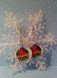 This pair consists of red green Starfleet insignia. Great for a December Star Trek convention in your hometown.
