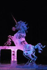 Of course, I had to include a unicorn in this post. Since I didn't have one in the last ice sculpture post I did. Lovely.