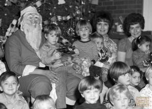 Yes, that's a really sketchy Santa. I fear for the boy who's on his lap.