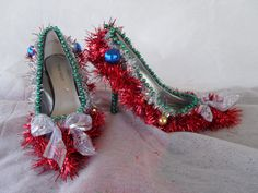 So I guess tinsel is tacky. Still, like how they used ornaments on these shoes, too.