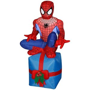For the record, they have a lot of these Spider Man Christmas inflatables. So expect more on this post.