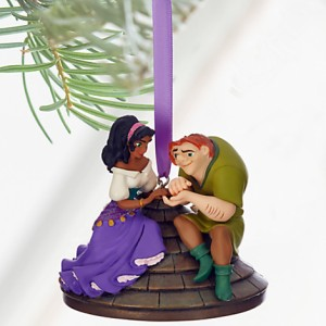 Because nothing says Christmas like saving a girl's life from your crazy self-righteous guardian in hopes you might get in her pants. Yet, she only wants to be friends. Sorry, Quasimodo, but she has eyes for Phoebus.