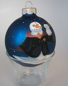 This bauble ornament even has a snow Headwig, too. All in all, this is adorable.