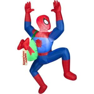 Another Spidey inflatable. Guess he's helping Santa delivering the gifts at homes he missed.
