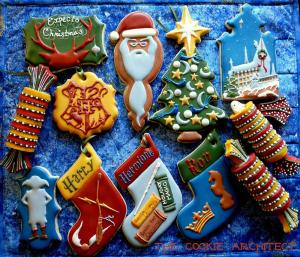 Say hello to the Harry Potter Christmas cookie assortment. Includes Dumbledore in a Santa hat long with stockings and Hogwarts.