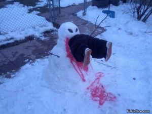 Yes, there are people who do demented snowmen like this. A sure sign that a neighbor has watched too many horror movies.
