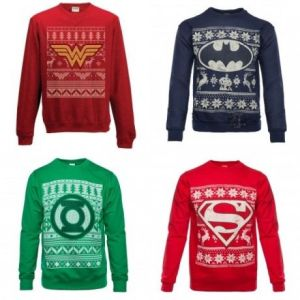 Includes Wonder Woman, Batman, Green Lantern, and Superman. And each is a different color.