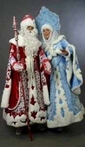 As if we need more Soviet Union inspired characters during the holiday season. Yet, these two are still around in Russia after the Soviet Union fell.