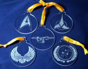 As we all know glass is delicate. But still includes critical Star Trek insignia along with the Enterprise.