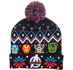 This one has Captain America, Iron Man, Thor, and the Hulk. If it comes with a scarf, keep both pieces assembled.