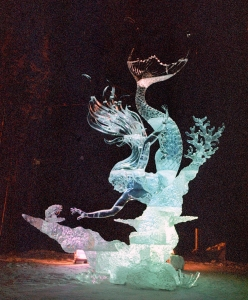 Well, this is a lovely mermaid scene. Not sure why it should be in ice though.