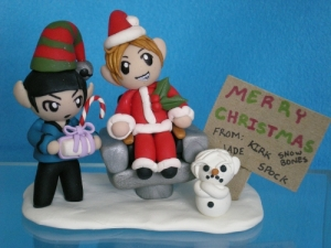 This is a clay sculpture. There's Kirk as Santa and Spock as an elf. But to make Dr. McCoy a snowman? Jesus.