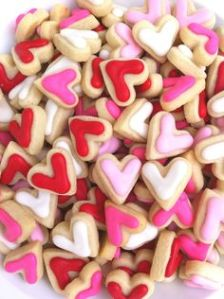 These are Valentine's Day mini cookies. And they're all in red, white, as well as shades of pink.