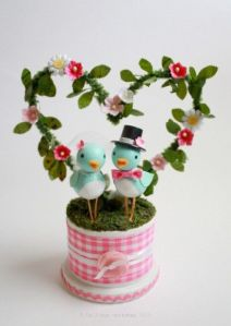 This might be a wedding cake topper. But it also can work as V-Day decorations. Still, the birds are so cute.
