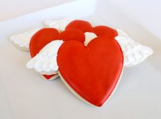 Well, some hearts do come with them on V-Day. Nevertheless, wouldn't mind having them at a party.