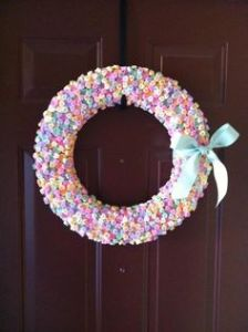 Well, at least this put the candy chalk hearts into good use. Love the bow, too.