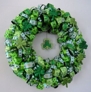 Includes ribbons of different patterns as well as shamrocks. Lovely to put on any front door or on a wall.