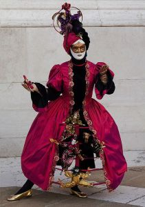 Though you have to admit, the clowns are quite creepy. But this is quite an inventive costume if you think about it.