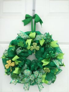 Well, there's at least one gold one. But the wreath is also decked in some green ribbons, too.